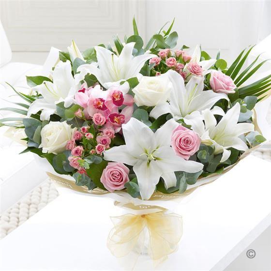 Shop hoa tươi đường Kiên Thị Nhẫn